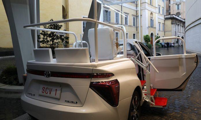 Hydrogen Popemobile