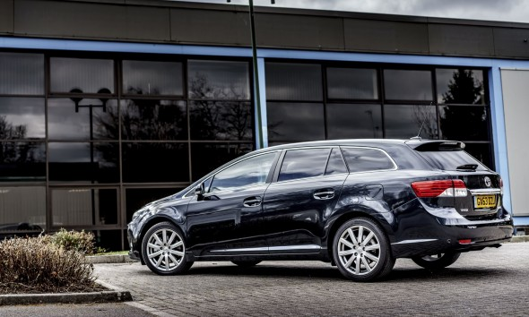 Toyota names of models Avensis