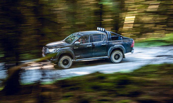 Toyota Hilux - Countryslide