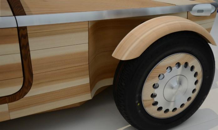 Toyota Setsuna build a wooden car