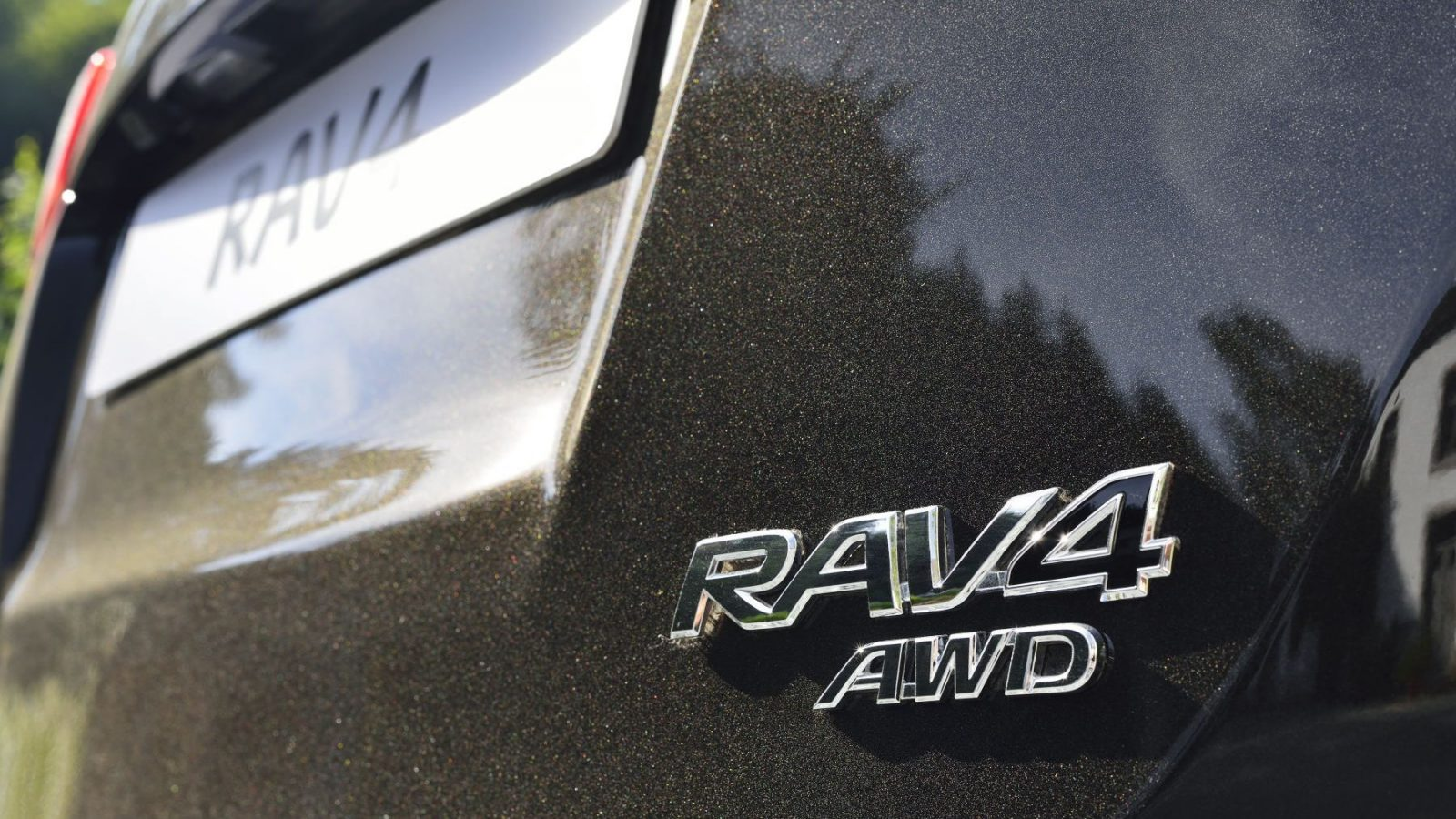 2014 Toyota RAV4 all-wheel drive badge