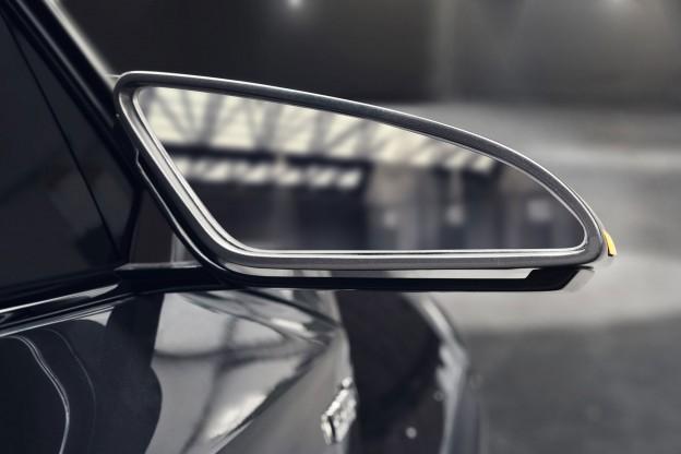 Toyota C-HR mirror