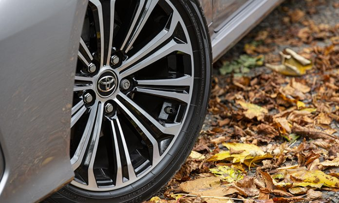 autumn driving safety tips