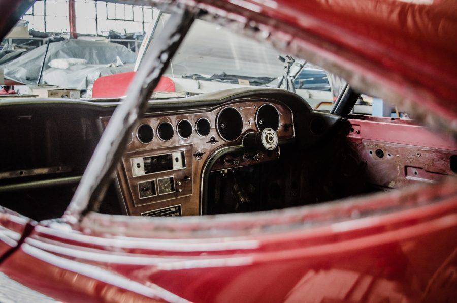 Toyota 2000GT restoration