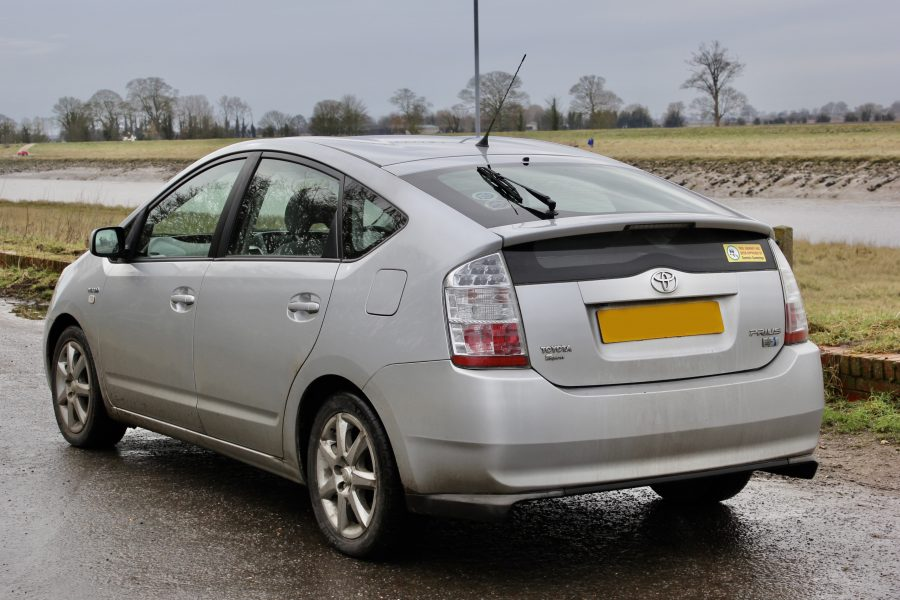 Toyota People: Peter Simpson's high-mile used Prius