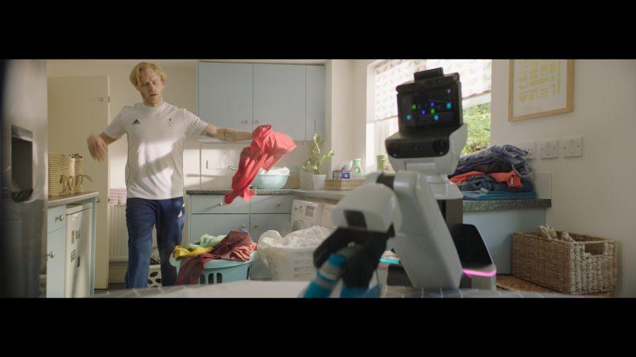 Human Support Robot advert - Jonnie Peacock