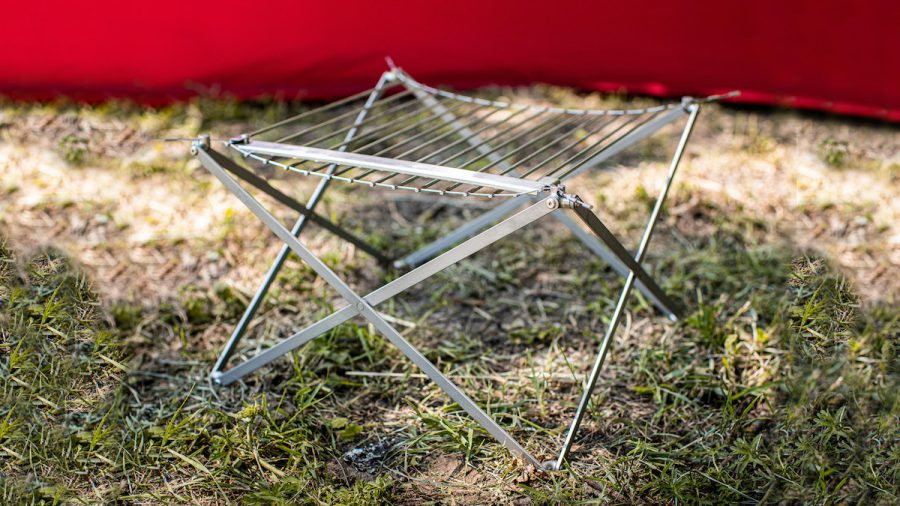 Portable grille
